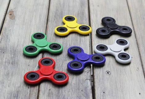 ¿Quién inventó el fidget spinner, el juguete que arrasa entre los jóvenes?