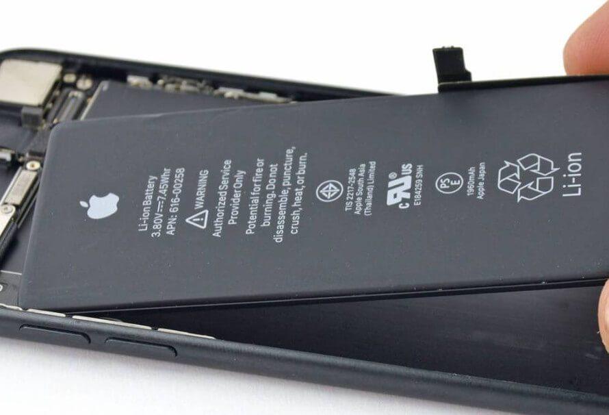 Apple es el único fabricante que limita sus teléfonos por las baterías